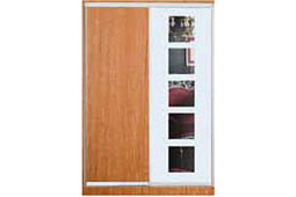 Шкафы-купе с фасадами из ДСП, МАТОВЫХ зеркал и зеркал с РИСУНКОМ пескоструй на 1 двери